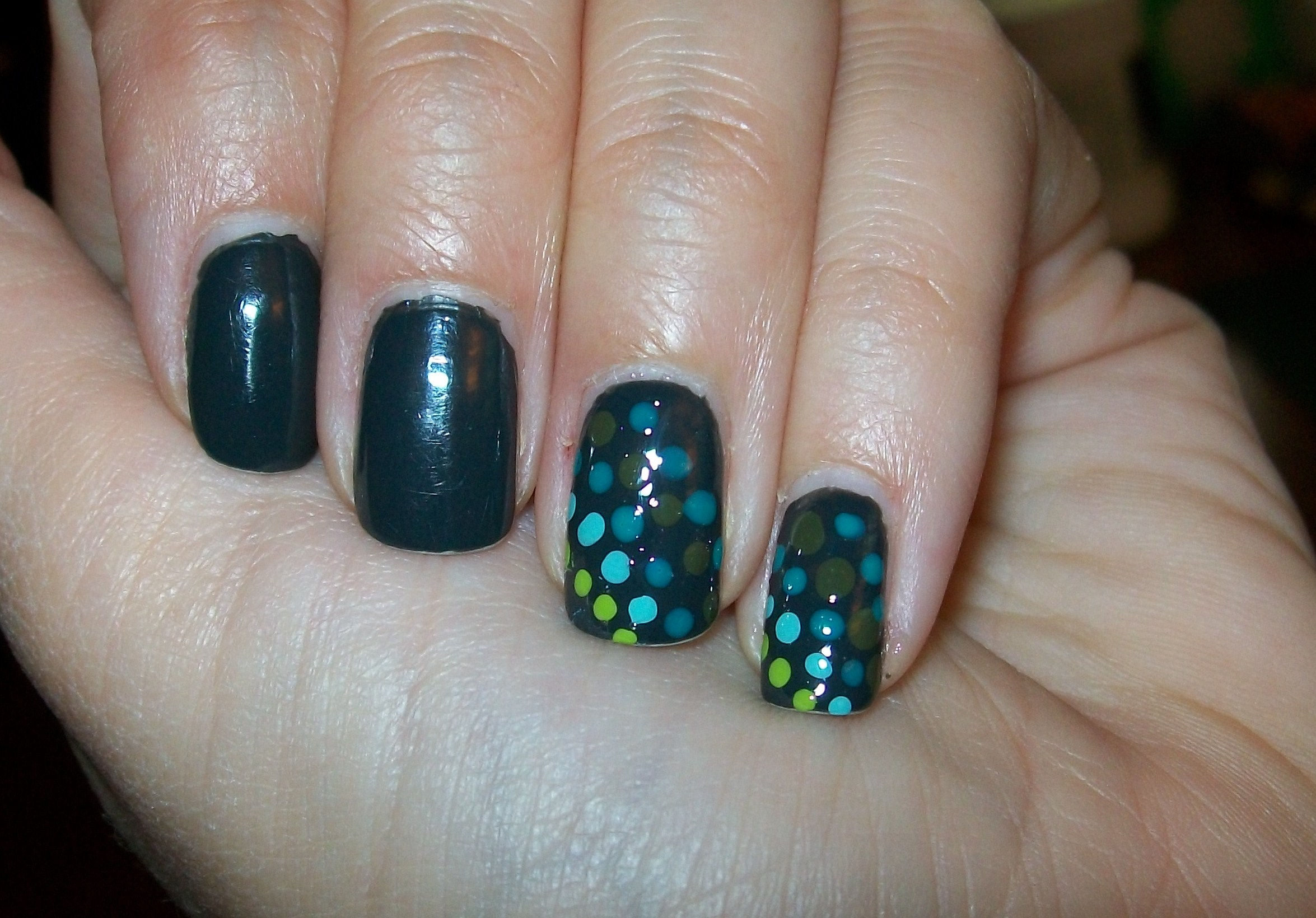 Easy Nail Art Designs With Dotting Tool To Bend Light