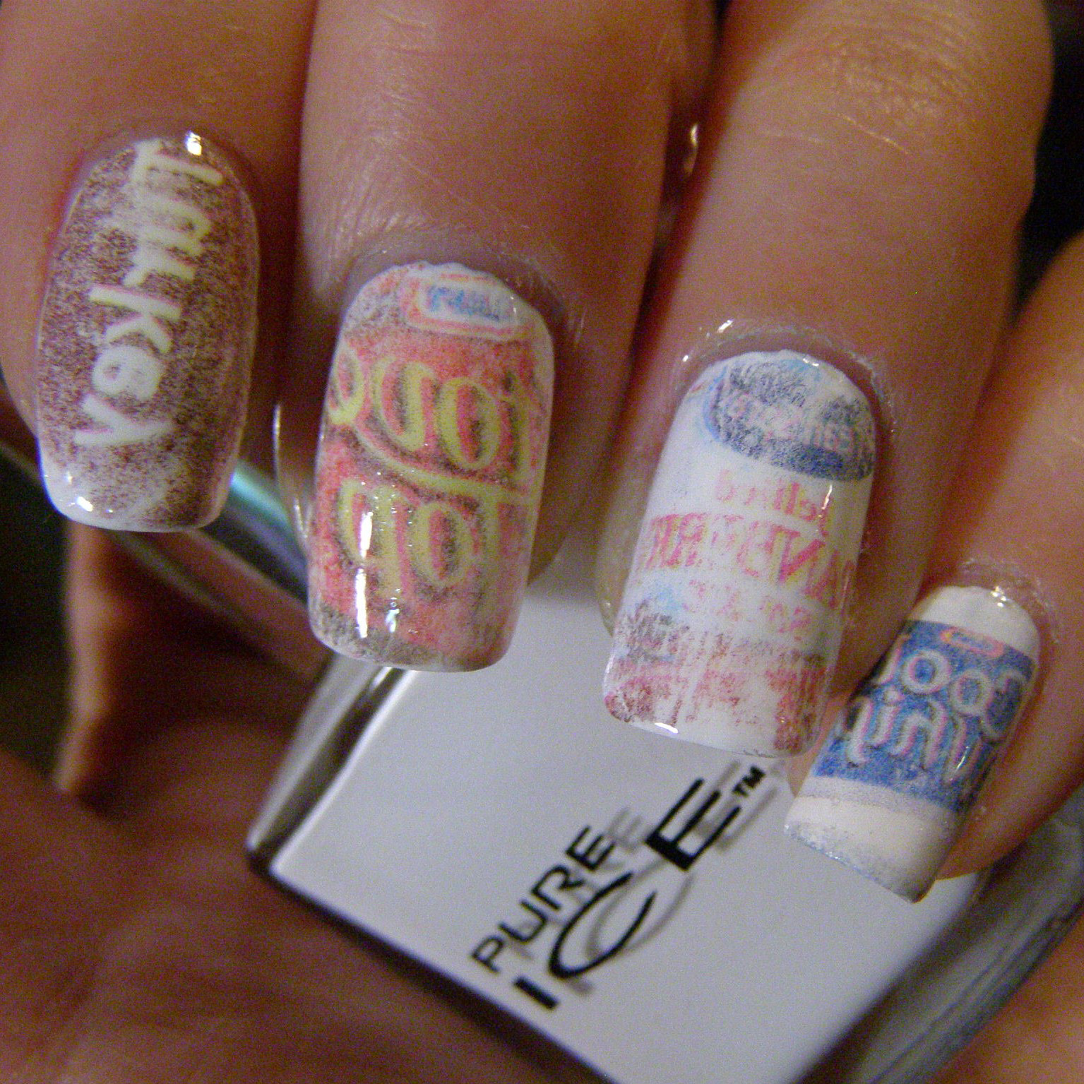 Newspaper Nails | Craftynail