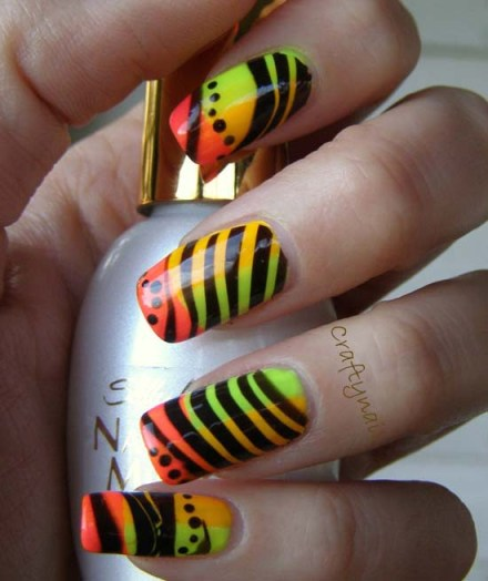 water_marble_with_clear_polish