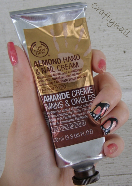 almond-hand-and-nail-cream