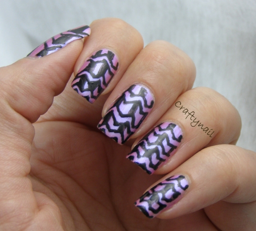 accordian_zentangle_nail_art