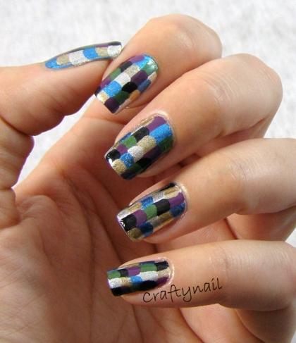 bottle_brush_scales_nails