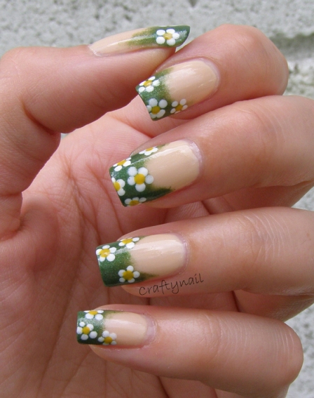 floral_french_manicure