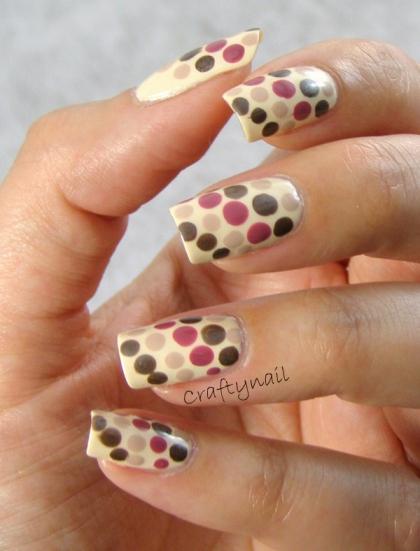 warm_brown_dot_nail-_art