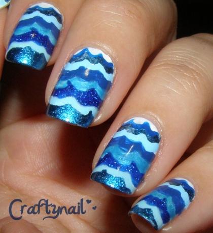 blue_waves_nail_art
