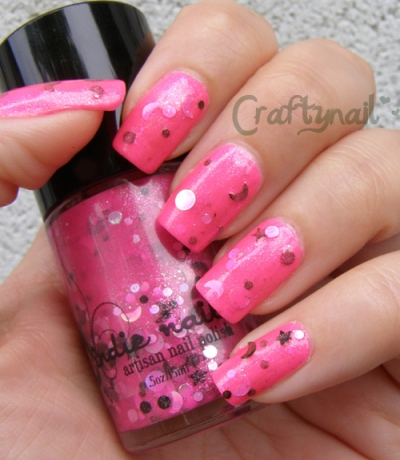 jindie_nails_moon_walk