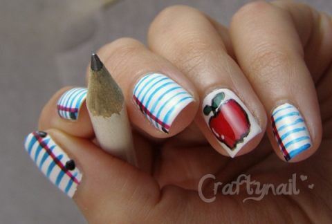 back_to_school_nails
