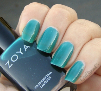 frida_zoya_nails