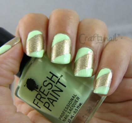 green_gold_strip_nails