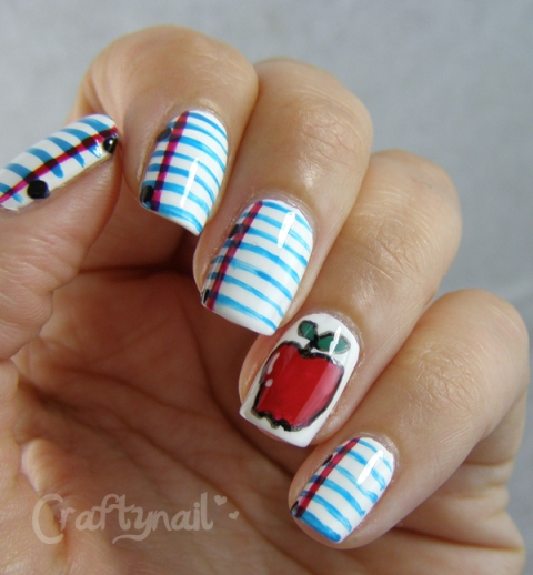 lined_paper_apple_nail_art
