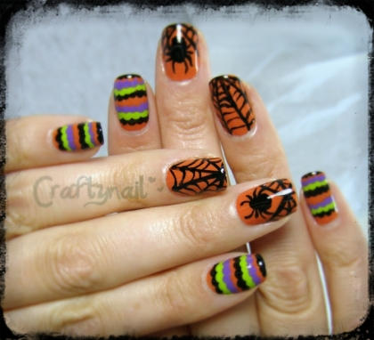 spider_ruffle_nails
