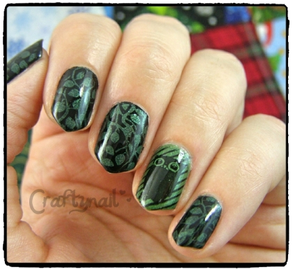 black and green ivy and owl nails