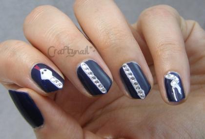 the white snake nails