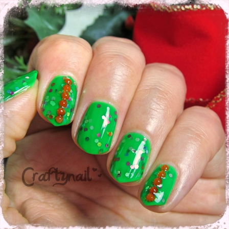 Christmas Green Gliiter Nails