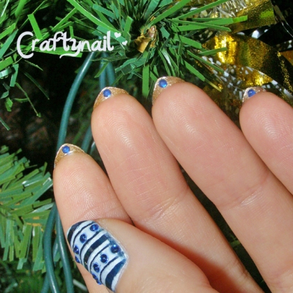 holiday decorations mani