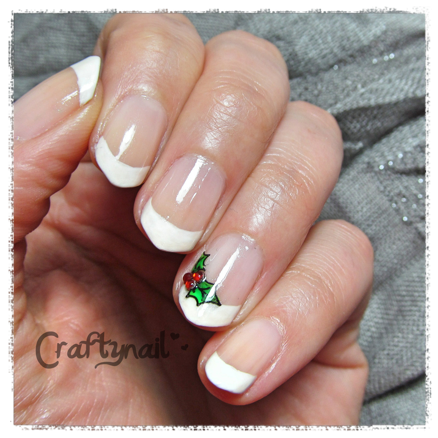 Christmas craftynail holly french manicure prinsesfo Gallery