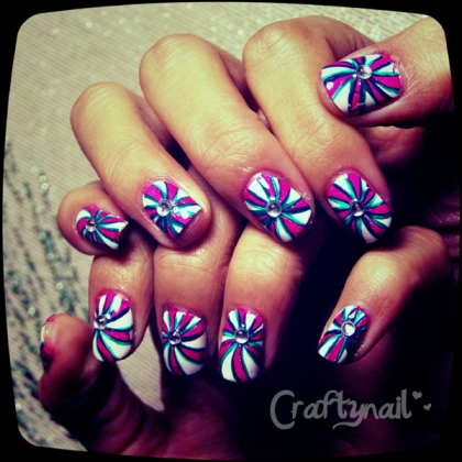 peppermint candy nails 2