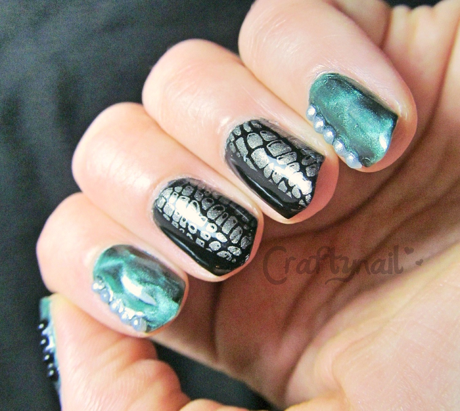 Sinfully Magnetic | Craftynail