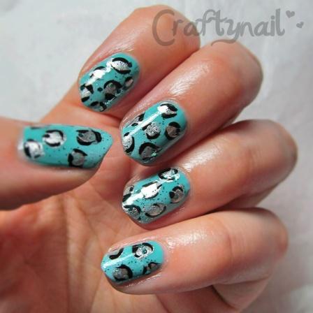 aqua leopard nail art