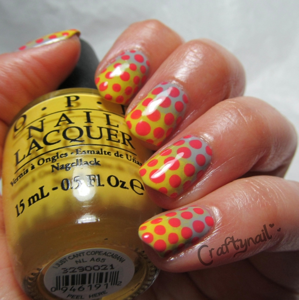 bold dotted nails